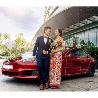 Tesla 花車出租服務連司機