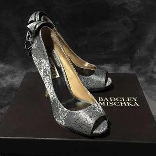 Badgley Mischka  Mable silver Metallic Peep Toe Bow Evening Shoes