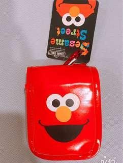 🚚 美國卡通芝麻街Elmo背包造型紅色零錢包、小物包、口紅包、sesame street