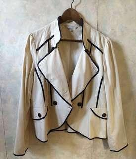 購自英國米白色cotton like lining薄身外套double breasted jacket blazer 大碼 / 加大碼 smart causal 返工都得 英倫風