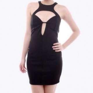 Carrislabelle cutout dress