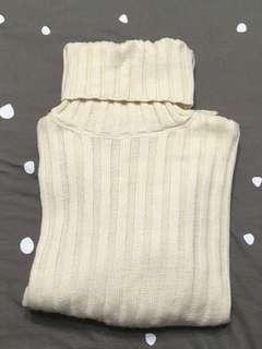 米白高領毛衣