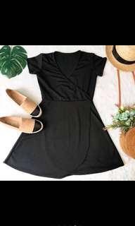 Wrap dress black