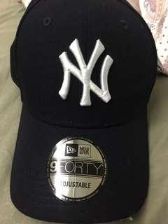 🚚 Brand new Yankee nine forty cap adjustable authentic