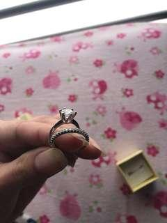 Ring set size 5 2ct