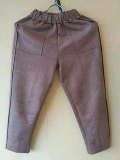 Preloved celana suede import