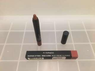 "BNIB MAC Velvetease Lip Pencil in ""Oh Honey"""