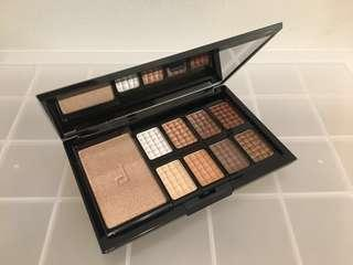 NEW Doucce Nude Eyeshadow Palette