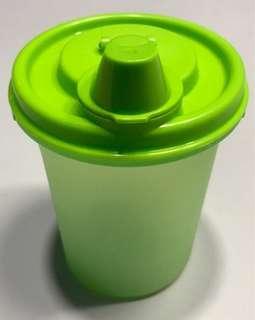 Price Reduced 🌈Tupperware bottles Lime Green 400ml