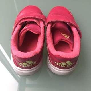 Adidas sport shoes size 26