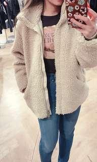 🎀H&M Cream Fleece Fur Coat Sz Small