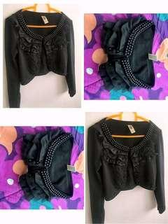 Cropped Cardigan with beads