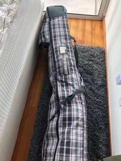 Dakine roller snowboard bag