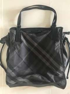 Burberry Tote Bag (GUC)