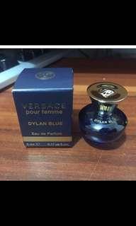 $20/支,$90/6支共30mL**包郵) 全新!VERSACE Pour Femme Dylan Blue E.D.P. EDP 迷你 香氛 5mL 香水 (不連雜誌)