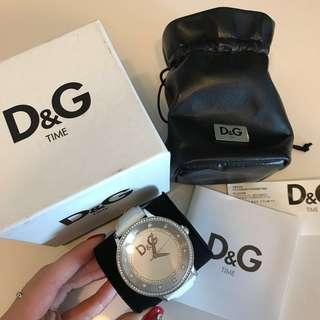 Authentic D&G Dolce Gabbana watch w crystals in white