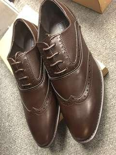 Leather Shoes 啡色皮鞋