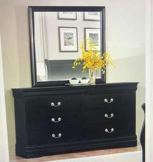 Bedroom dressing table with mirror