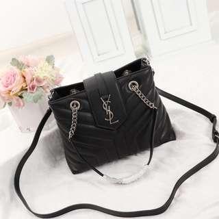 YSL bag Black large-capacity shoulder bag