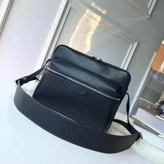 LV bag  Outdoor messenger bag