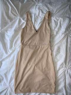 Nude body con dress