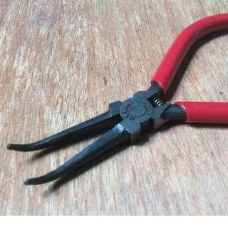 HIT - Long Fine Curve Nose Pliers (Made in Japan)