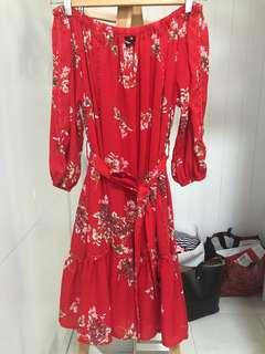 Off the shoulder red flowy dress size s 8 as new worn once
