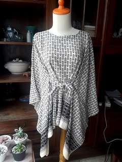 Preloved Tribal Top (all size)