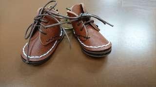 棕色款 手工縫製 皮革迷你小鞋