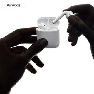 (Brand New) Apple Airpods 1 Year Warranty