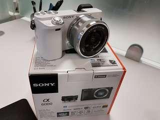 Sony A6000. Terima cash atau kredit tanpa kartu kredit