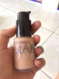 Make Over Ultra Cover Liquid Matt Foundation No. 3