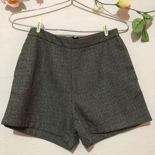 Platinum Mall Dark Shorts