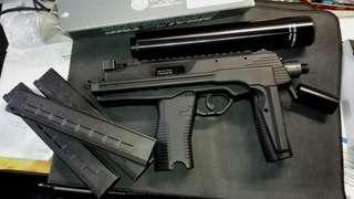 KWA MP9 custom made  三匣 一滅聲
