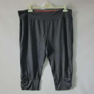 (3XL-4XL) Just Be Sports plus plus size ladies cropped leggings,