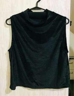 NON brand sleeveless Velvet Blouse