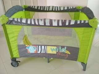 Lucky Baby playpen with well-kept mattress