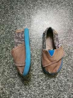 REPRICED Authentic Toms for Babies