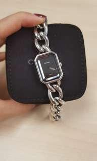 Authentic Chanel premiere watch S in classy silver!!