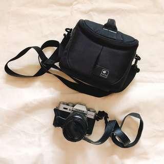 Fujifilm X-T10 Silver Mirrorless Digital Camera with XF18-55mm F2.8-4 Lens and KATA Camera Bag