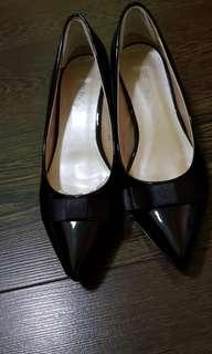 Black heels shoe