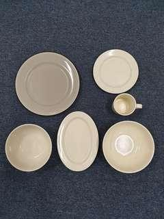 Melamine Plates, Bowls and Cups