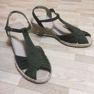 Comfy Wedges in Green size 37-38