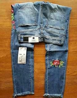 Zara skinny jeans size 27