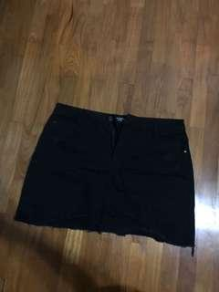 Factorie - Black high waisted skirt