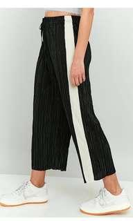 URBAN OUTFITTERS black stripe pleated trousers pants
