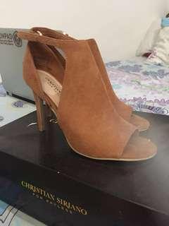 Sendal High heels coklat cantik CHRISTIAN SIRIANO