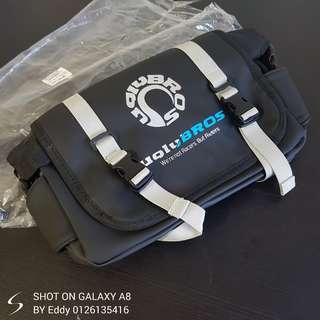 Uglybros waterproof pouch bag hot selling now! Rm129 Wasap.my/60126135416