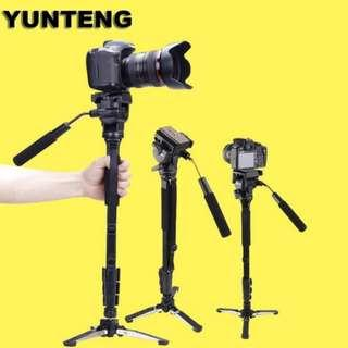 Tripod with Bluetooth Remote Control Shutter for Mobile Phones, DSLR, and Sports Cameras (Black)