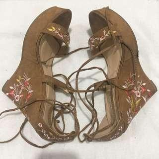 Una Rosa wedge brand new